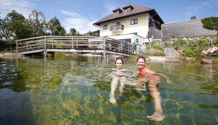 Hotel Weiss - zwemmen in het natuurbad