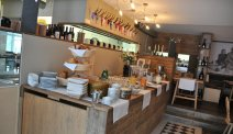 Elke morgen staat er een uitgebreid ontbijtbuffet klaar in Hotel Hezelhof